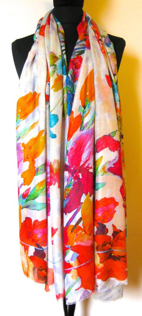 Tørklæde, Sjal i silke og modal. Samarkand har stort udvalg af tørklæder i silke, uld mm.