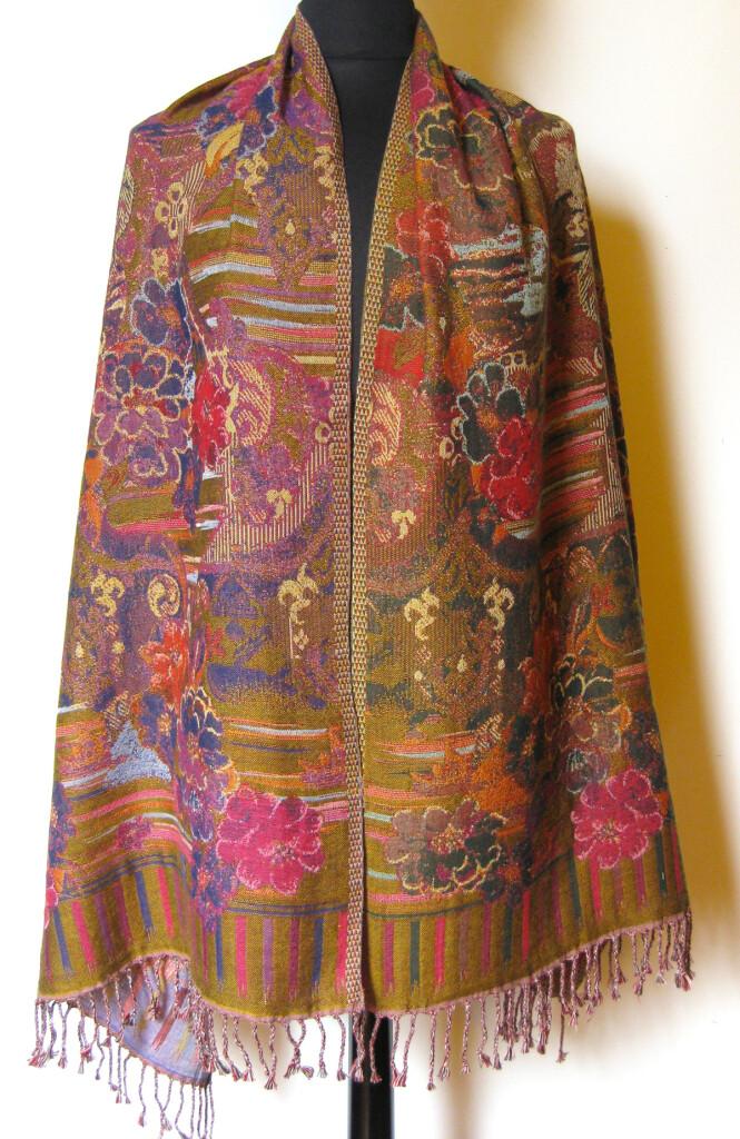 Uld tørklæde i 100 % uld, dobbeltvævet. Samarkand har et stort udvalg af uld tørklæder.