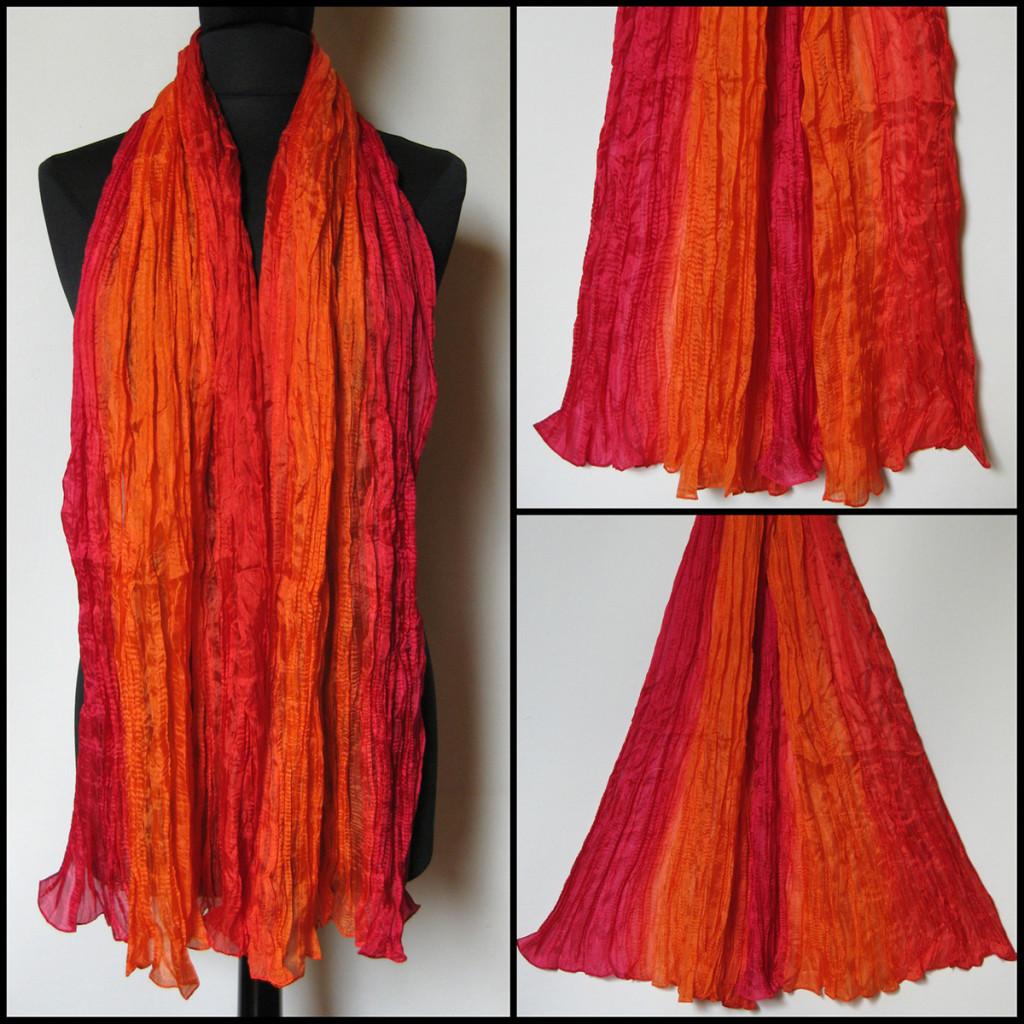 Silketørklæde i røde, orange, cyclame nuancer. Samarkand har stort udvalg af silketørklæder i mange farver.
