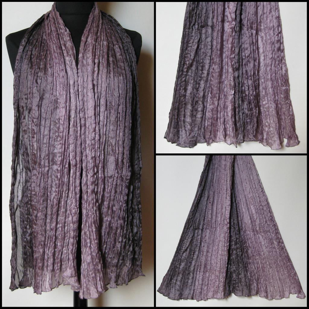 Silketørklæde i grå lilla nuancer. Samarkand har stort udvalg af silketørklæder i mange farver.