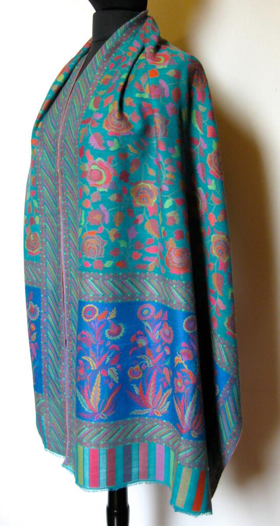 Cashmere uld tørklæde. Samarkand har et stort udvalg af uld / cashmere tørklæder.