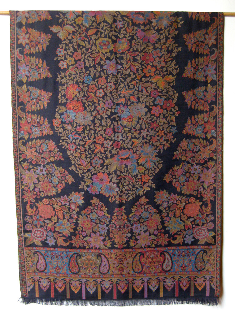 Uld _Cashmere tørklæde, sjal. Samarkand har et stort udvalg af uld tørklæder og sjaler.Uld tørklæde, sjal. Samarkand har et stort udvalg af uld tørklæder og sjaler.
