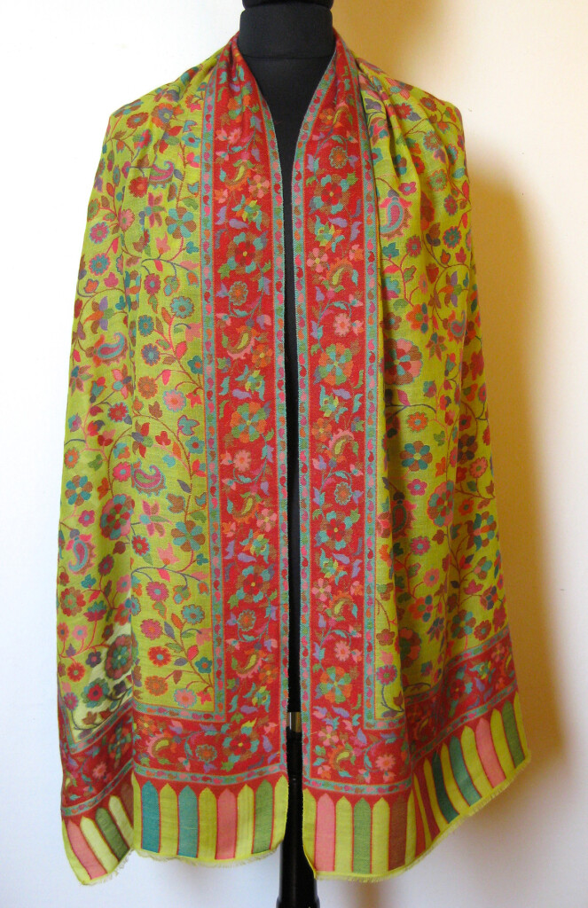 Cashmere-Pashmina uld tørklæde. Samarkand har et stort udvalg af uld / cashmere tørklæder.