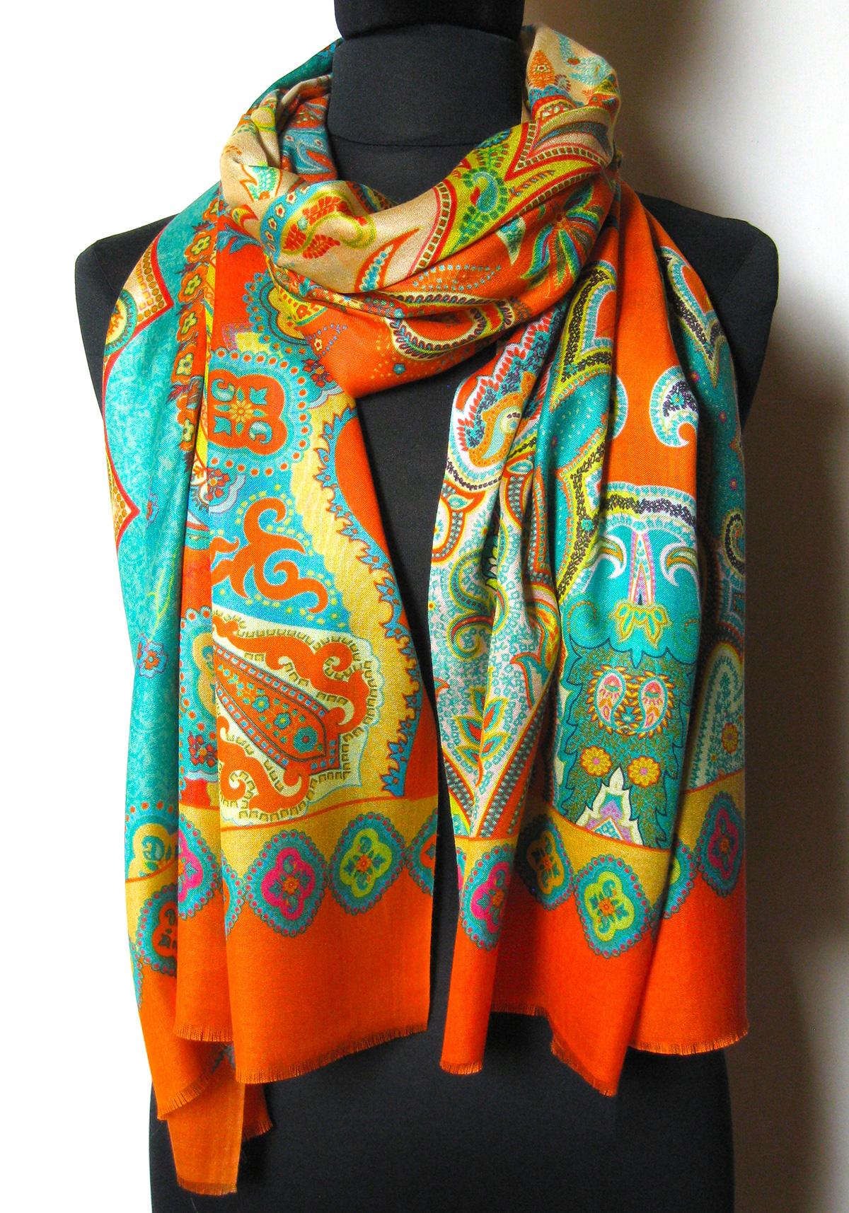 4737d8ac silketørklæde med paisley mønster, silketørklæde print, tørklæde silke  farver