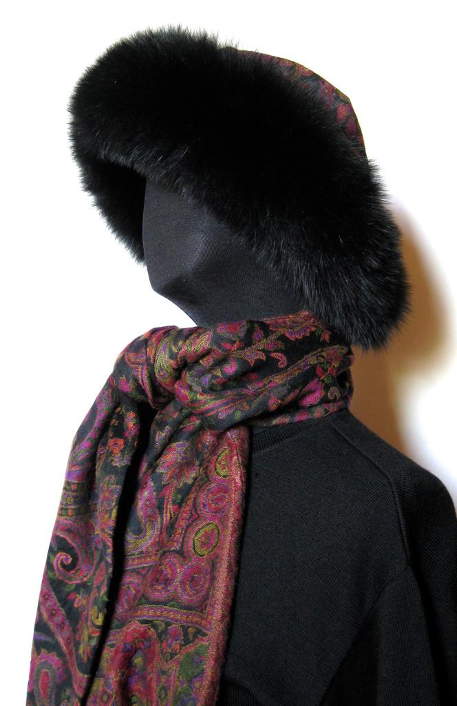 pelshue, pelshat, uldtørklæde, cashmere tørklæde, uldhue, uldhat, samarkanddk, cashmere sjal, sjaler, pelskrave, jane eberlein, pashmina tørklæde