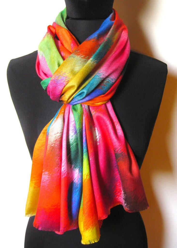 silketørklæde med mønster, silketørklæde print, tørklæde, silke, farver