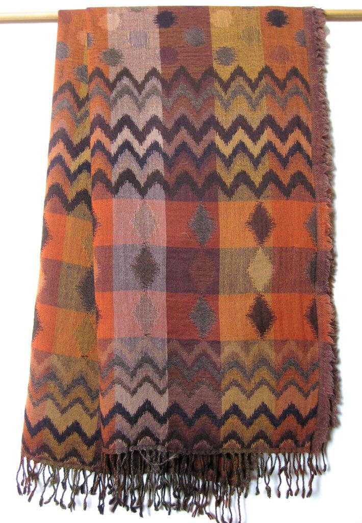 Unikt uldtørklæde,uldsjal i 100% uld.