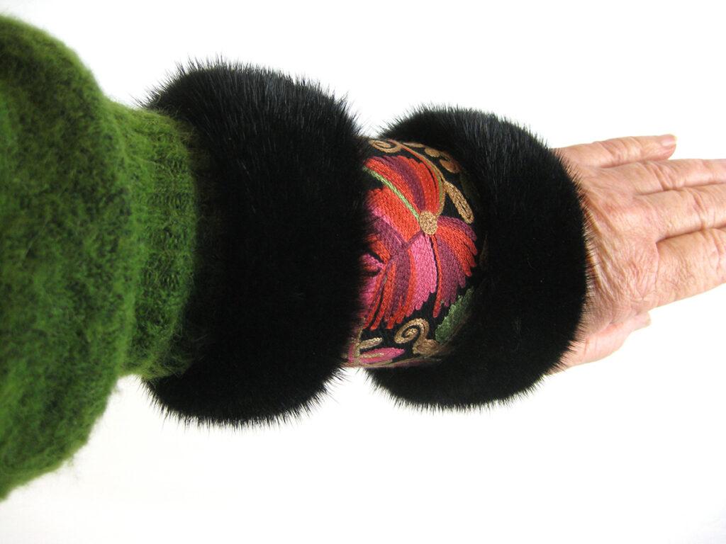 muffedisse, håndledsvarmer i uld og mink.