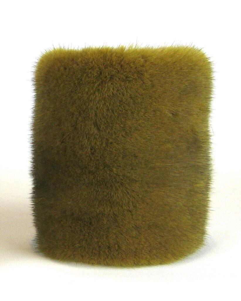 Muffedisser, håndledsvarmer, pulsvarmer i pels.Muffedisser, håndledsvarmer, pulsvarmer i pels.Muffedisser, håndledsvarmer, pulsvarmer i pels.
